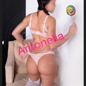 Antonella Mineira